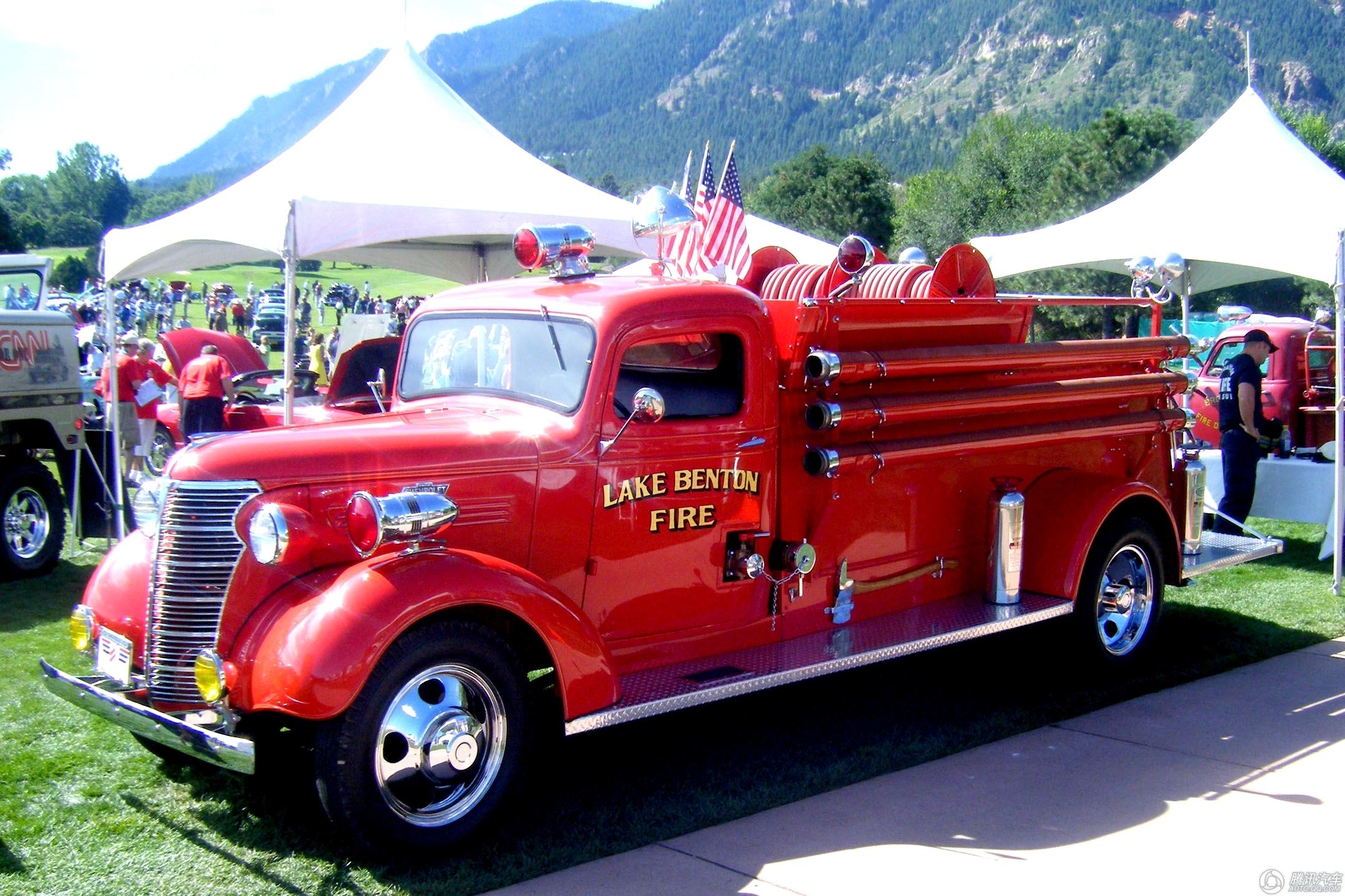 经典美式消防车盘点 外观复古科技先进