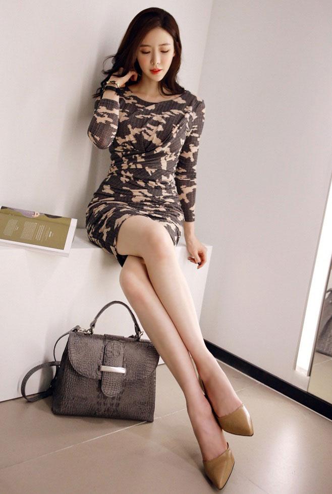 长腿极品性感美女短裙美腿时尚街拍精选气质