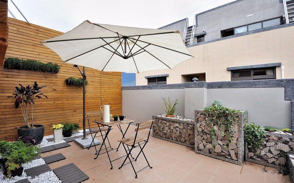 现代风精装修复式楼阳台效果图