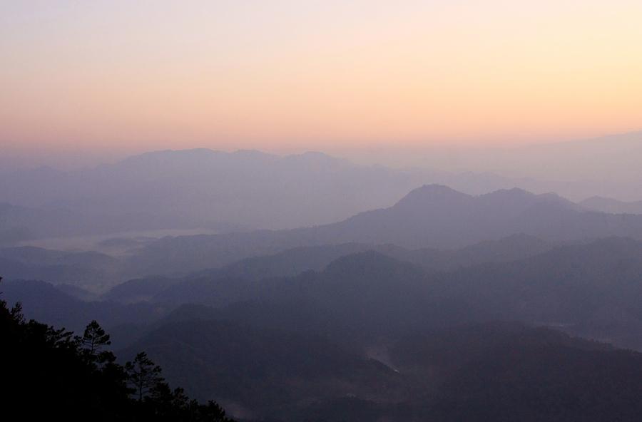 信宜石根山风景