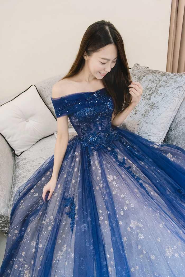 独特星空蓝晚礼服,美的要出人命