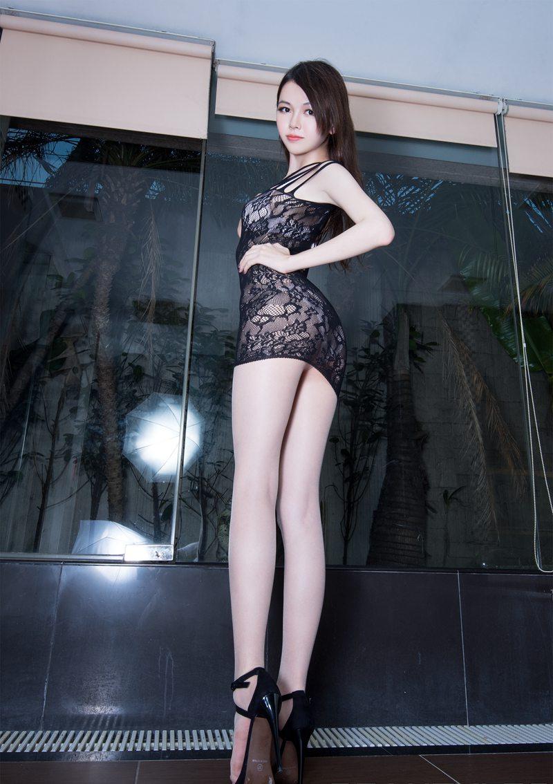 亚州丝袜女_亚洲美腿模特sammi美腿翘臀丝袜诱惑美女图