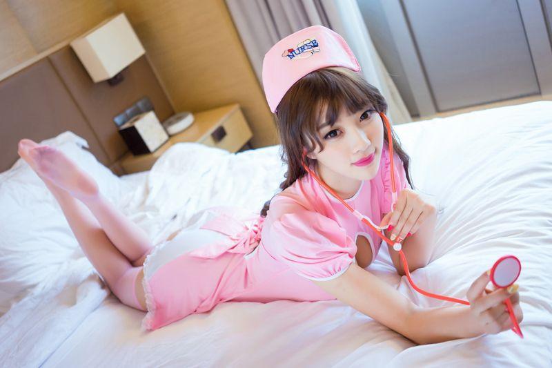 yazhourenti1000_亚洲美女士丝袜美腿制服诱惑人体艺术写真