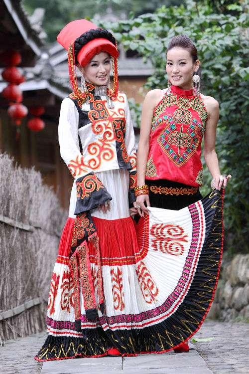 彝族美女图片 少数民族图片