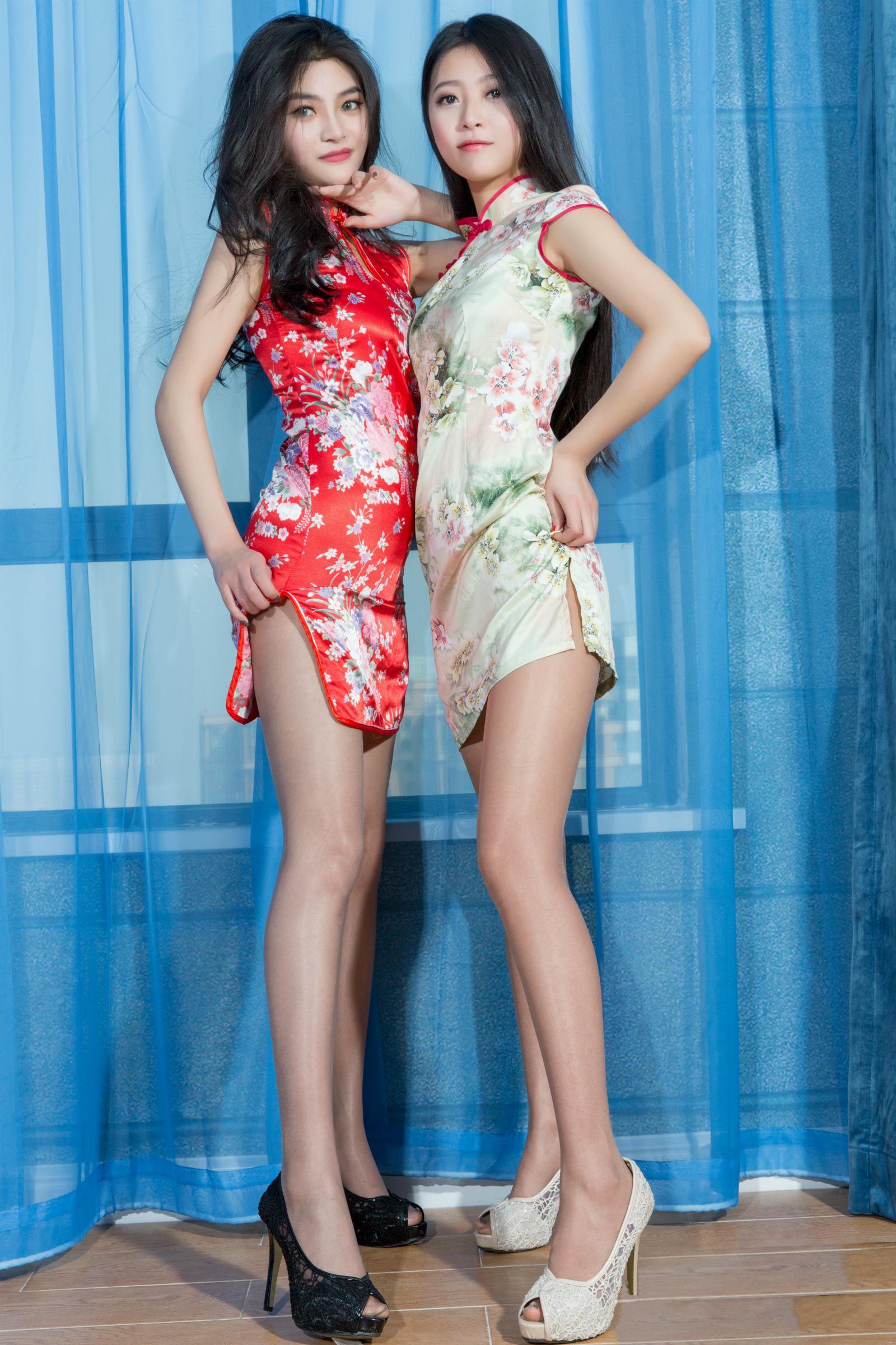 旗袍美女凹凸有致美腿丝袜性感图片