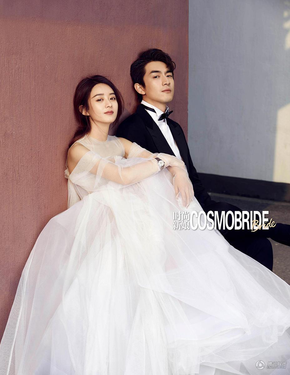 高清:赵丽颖林更新婚纱照 搂腰对视有点甜图片
