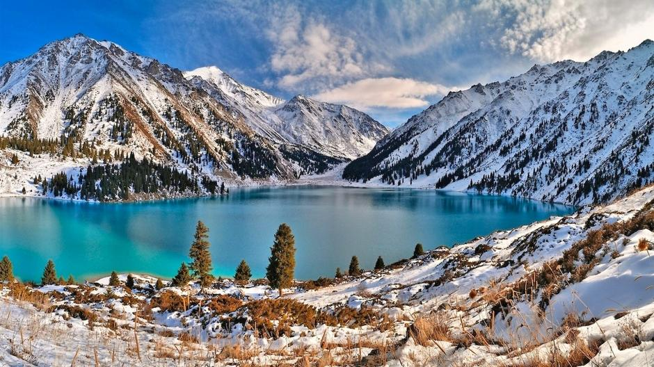 冬天唯美雪景图片 冬天唯美雪景高清风景壁纸下载
