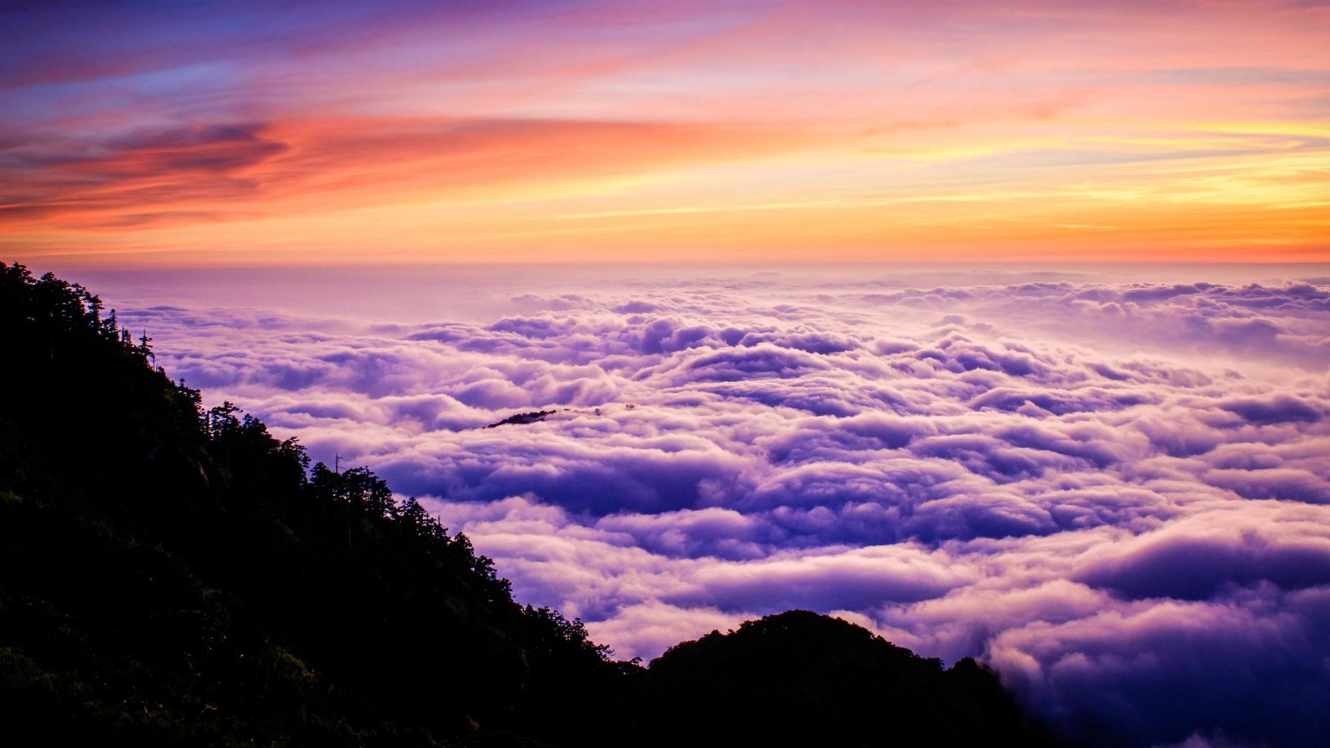 唯美真实天空壁纸 仰望天空的高清风景唯美壁纸