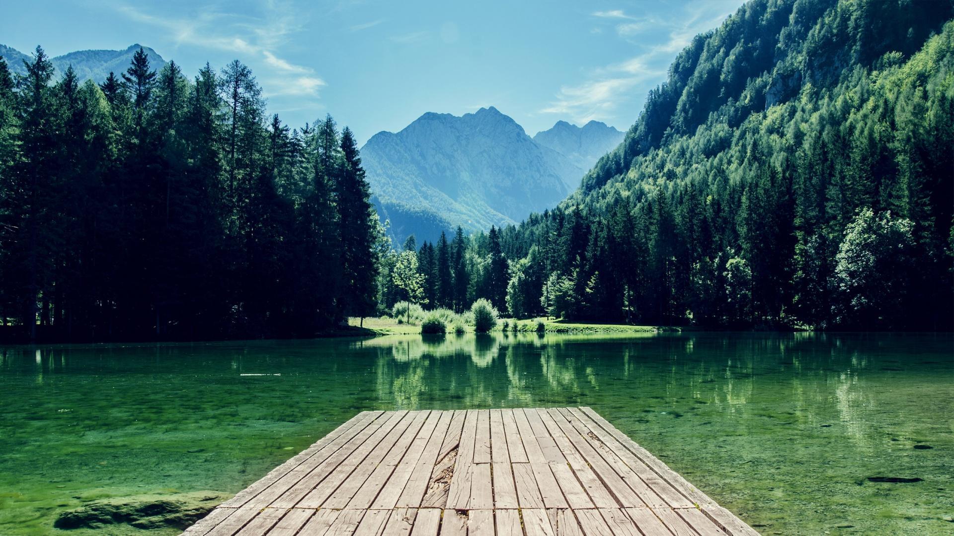 山水风景壁纸高清全屏 瀑布大森林山水风景桌面壁纸大全图片