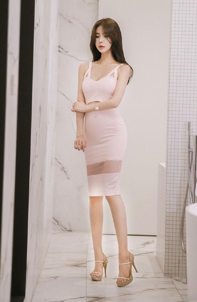 有美女�9��y�9�-yol_都市ol美女白领粉嫩连衣裙性感私房诱惑写真