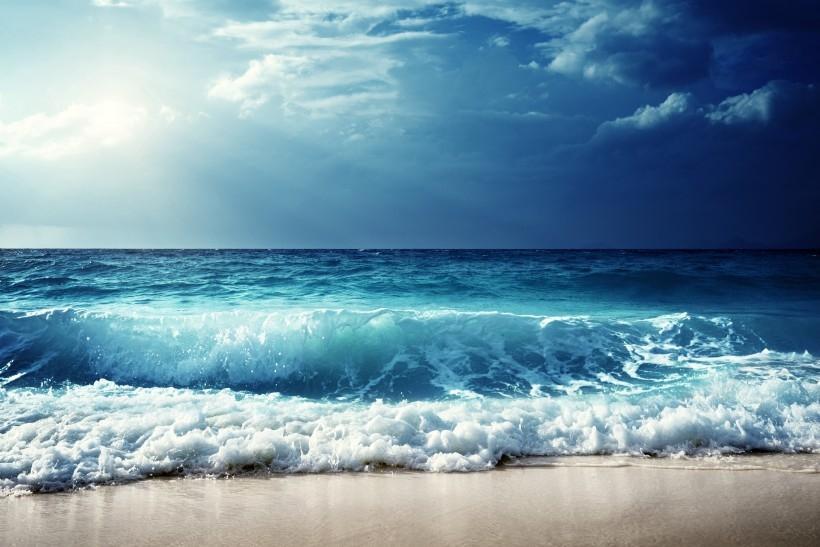 海浪唯美清新图片 唯美海浪图片自然风景桌面壁纸