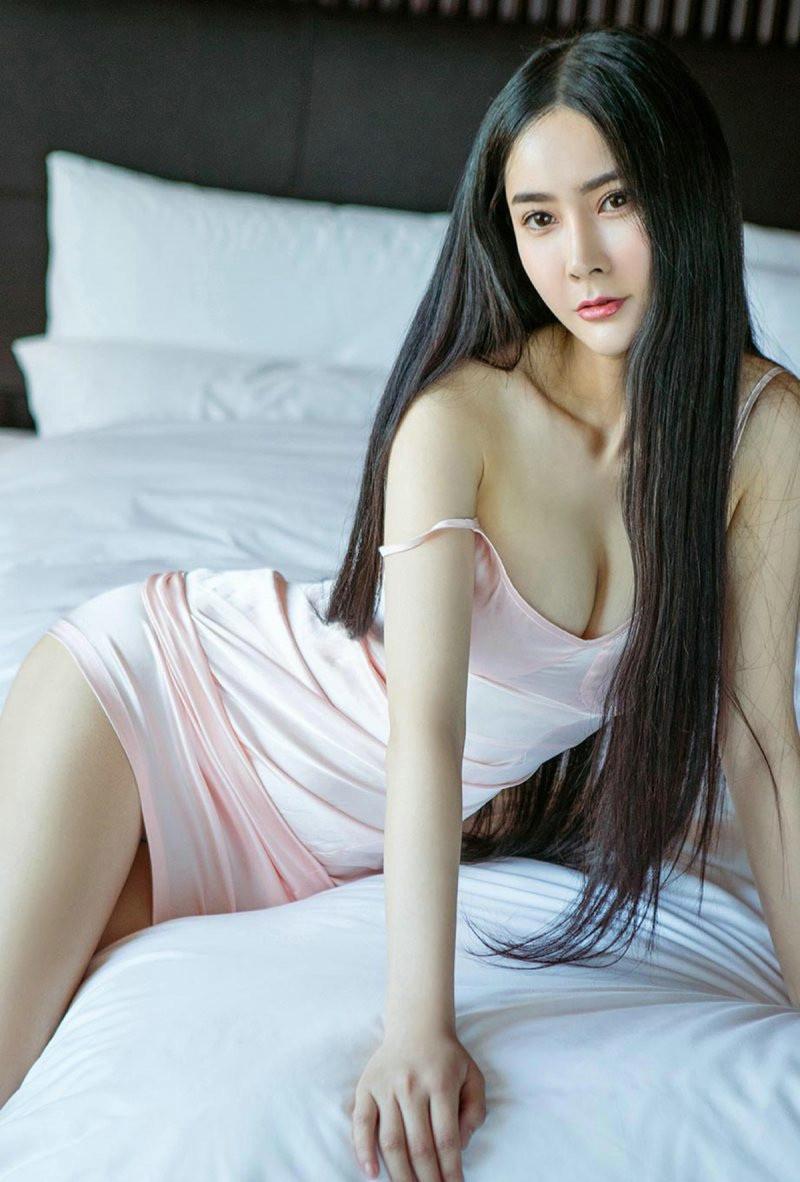 大胆美女裸体艺术摄影_性感美女酥胸爆乳大胆人体艺术诱惑极品写真