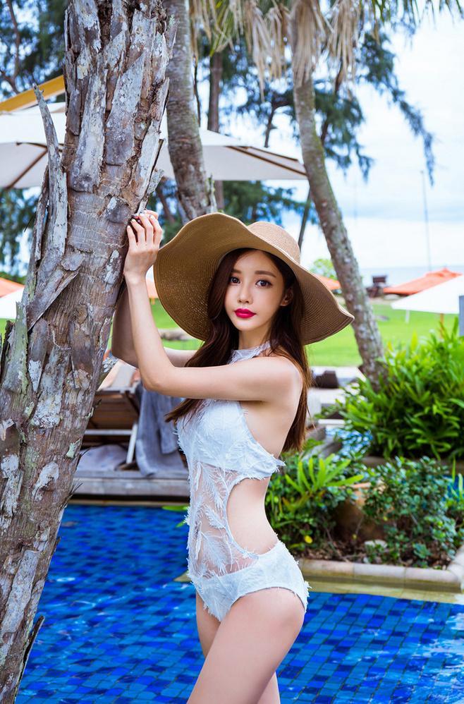 韩国美女模特孙允珠诱惑蕾丝泳衣性感写真图