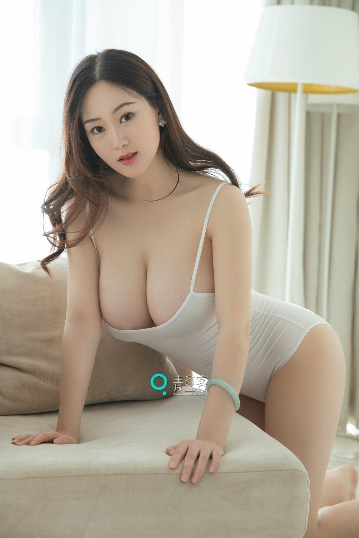 成人大奶少妇做爱视频_风情万种的大奶少妇爆乳翘臀性感私房写真