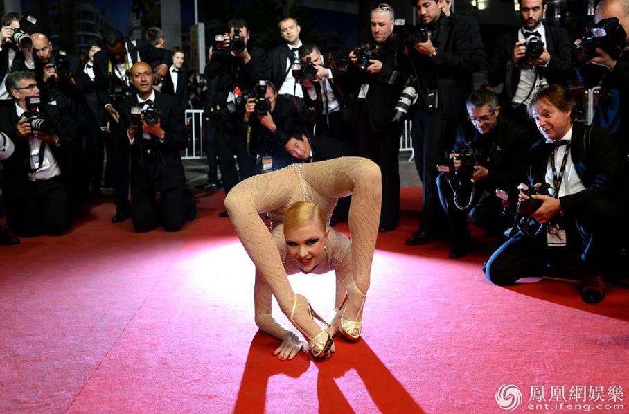 2012年,第65届戛纳电影节举行,又名《v又名的冬青木》(电影《霍利车行jarhead电影bt图片