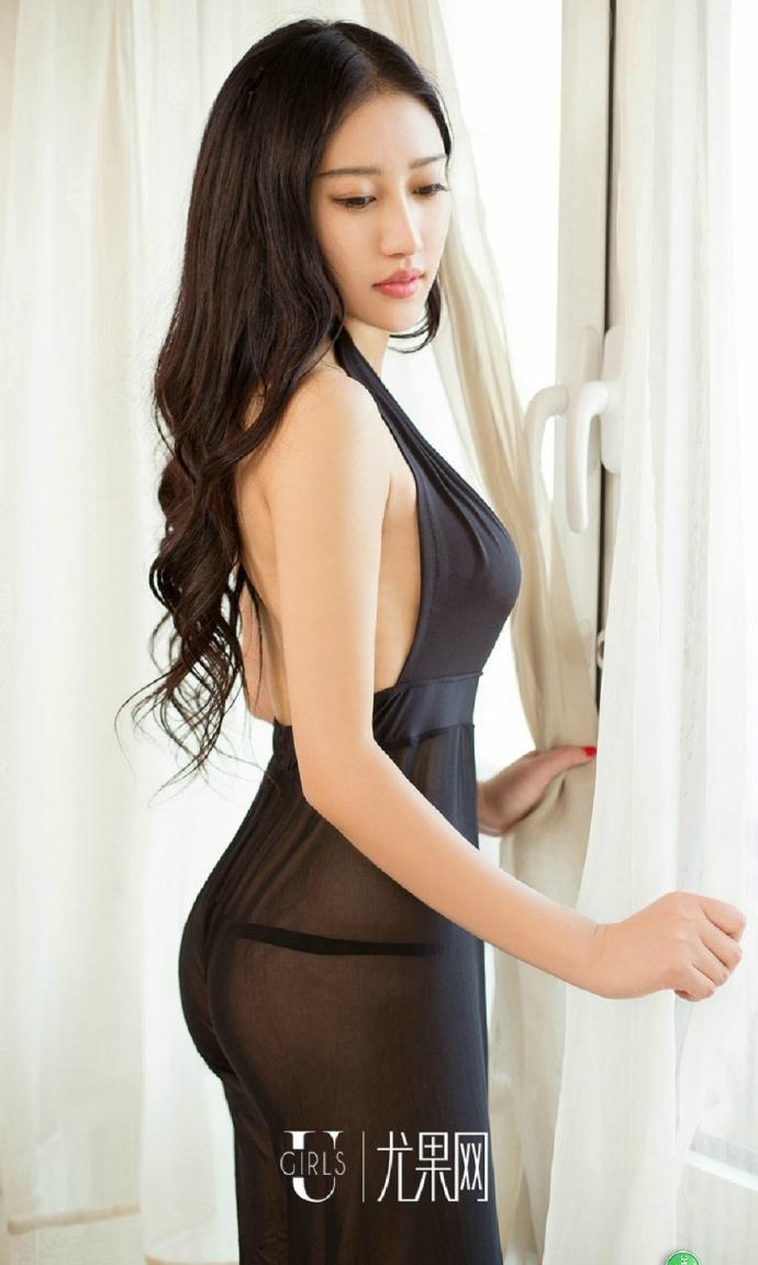 大胆美女透视图片_丁字裤美女模特大胆透视人体极品私房照