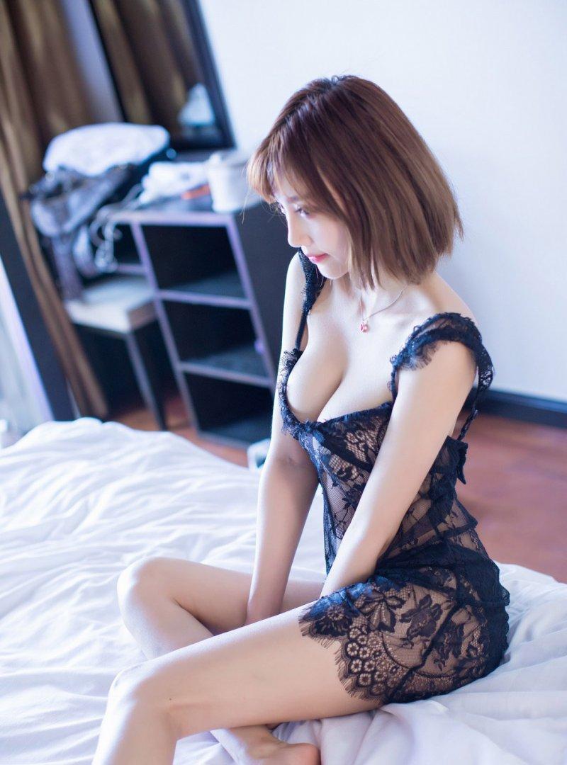 大奶教师_蕾丝美女杨晨晨sugar性感蕾丝内衣爆乳大奶
