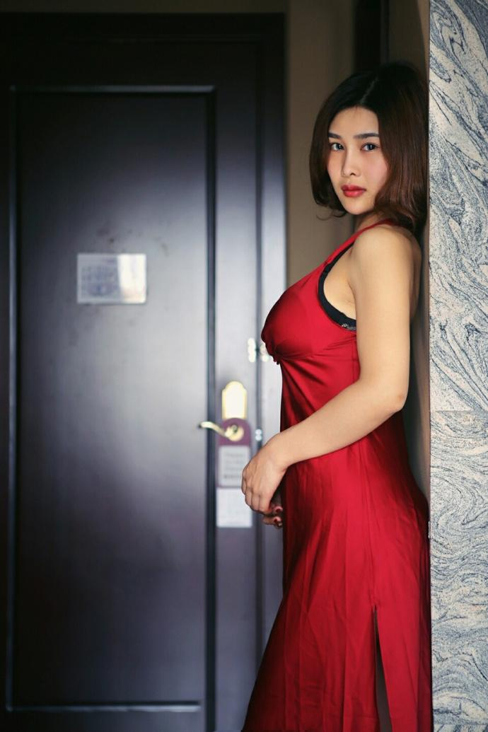 亚洲情色人妻淑女_风情人妻美女酥胸爆乳性感激情诱惑图片