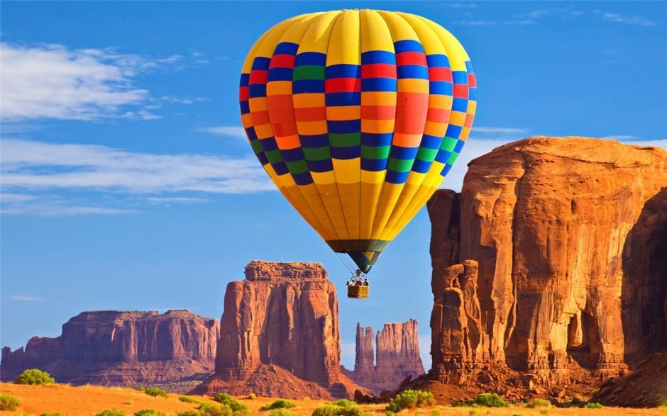 彩色热气球风景唯美壁纸