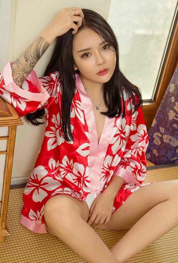 日本少妇人体大胆艺术_巨乳大奶少妇前凸后翘大胆人体艺术诱惑写真