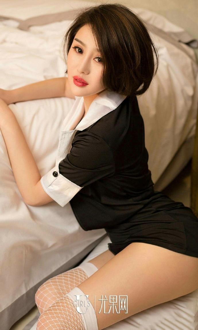 性感美女教师私房大胆制服诱惑养眼美女图片