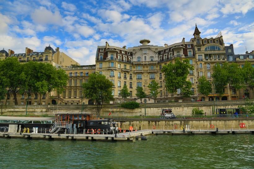 法国塞纳河沿岸风景图片