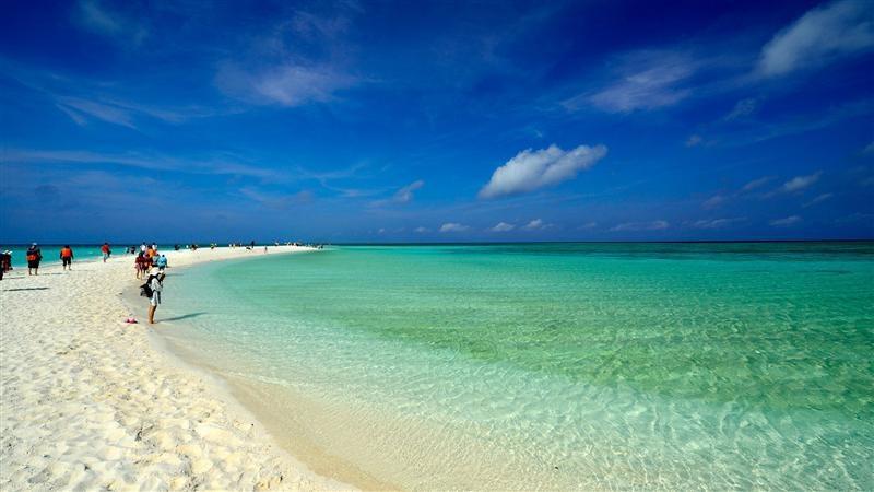 富饶美丽的南海西沙群岛风景图片_图片新闻_东方头条