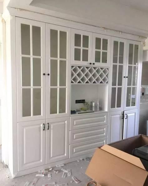 酒柜,包括家里的其他柜子,比如鞋柜,衣柜,书柜等所有的柜子都可以选择