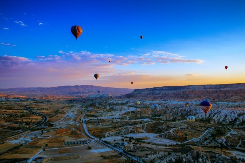 土耳其卡帕多西亚风景图片