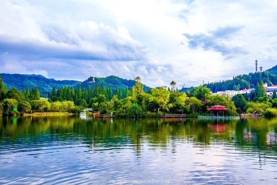 这里不仅仅有风景更有理想和信念,来自于井冈山把翠湖