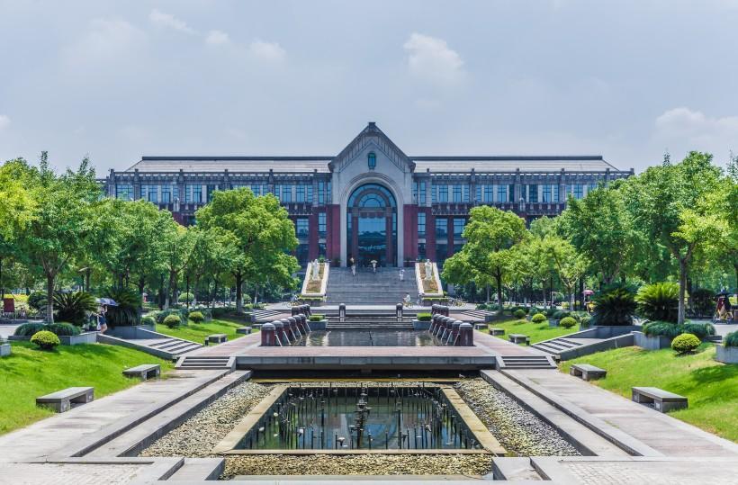 上海华东政法大学校园风景图片