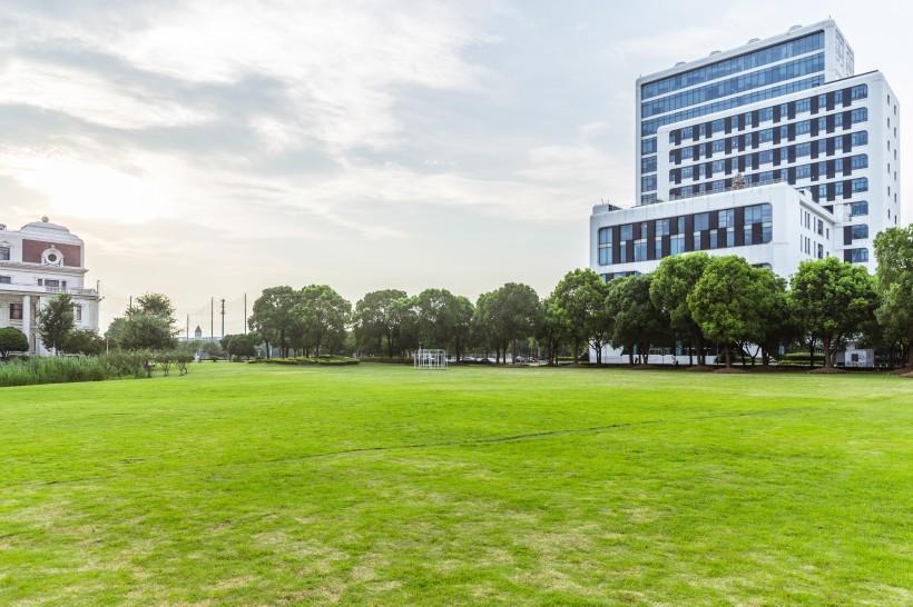 上海视觉艺术学院校园风景图片