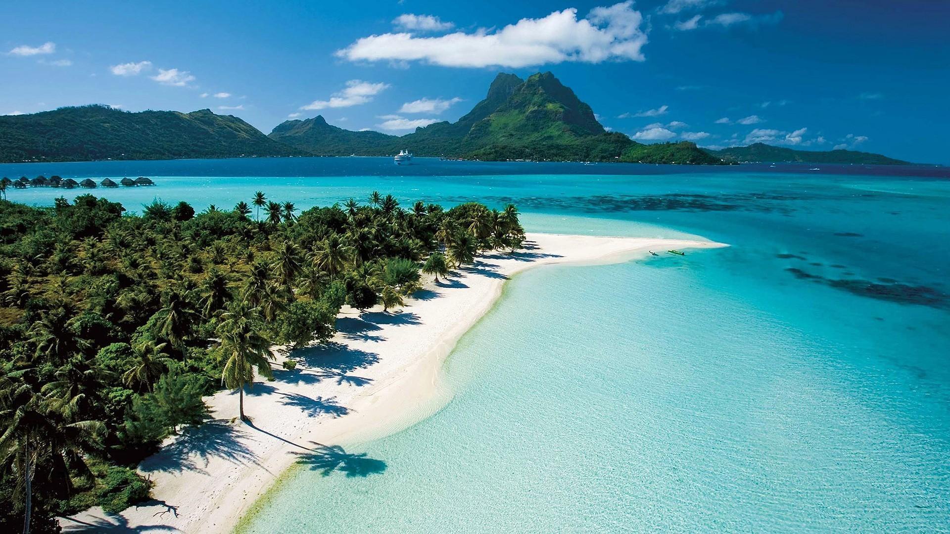 风景怡人的海滩高清宽屏桌面壁纸