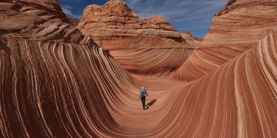 时光的指纹!美国波浪谷砂岩地貌宛如外星景观