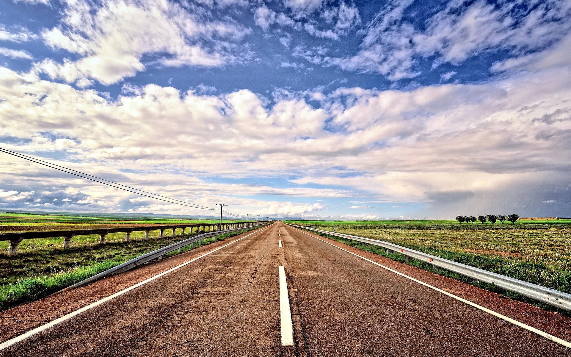 精选道路风景图片高清电脑壁纸