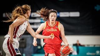 高清:女篮世界杯中国迎战拉脱维亚 李梦持球