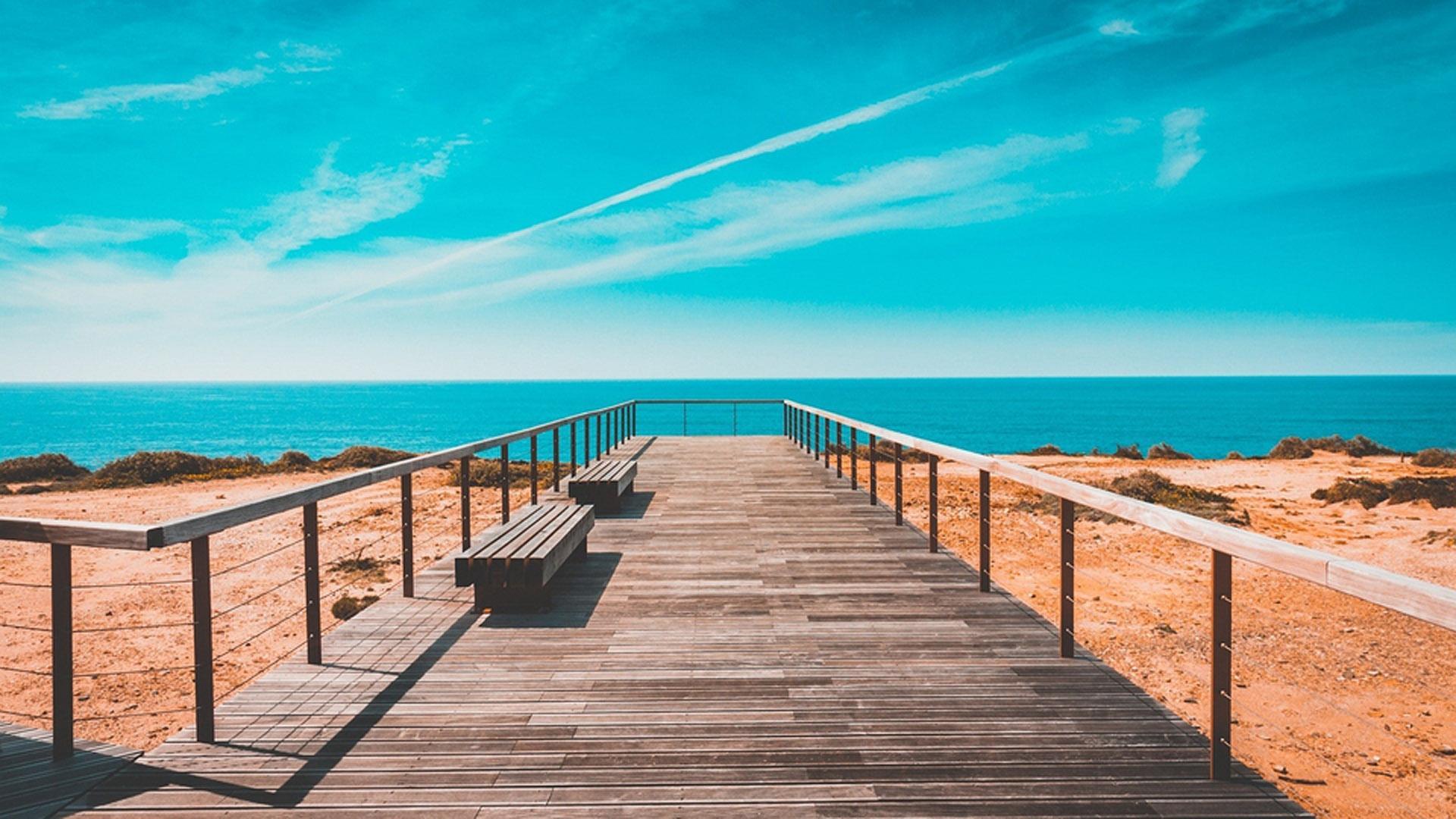 湛蓝唯美的大海风景图片桌面壁纸_图片新闻_东方头条