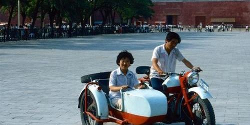 因陋就简:30年前中国人的出行方式
