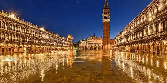 唯美璀璨的城市夜景图片桌面壁纸