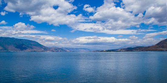 云南洱海唯美自然风光桌面壁纸