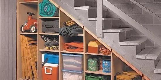 楼梯下的空间,这样利用不浪费!