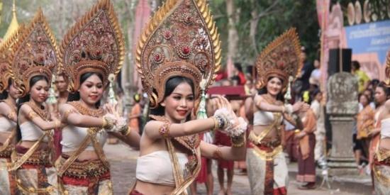 泰国举办\