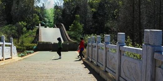昆明市湖泊滇池园风景摄影图片壁纸