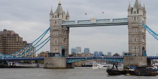 伦敦塔桥风景图片