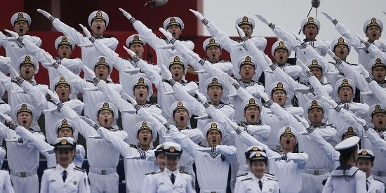 人民海军成立70周年 多国海军联合军乐展示在青岛举行