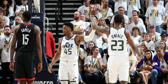 NBA季后赛首轮:火箭91-107爵士G4
