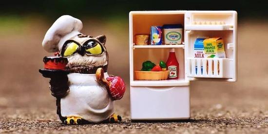 冰箱嵌入餐边柜,简洁的设计才叫美!