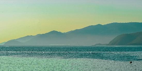 美丽的大海风景图片桌面壁纸