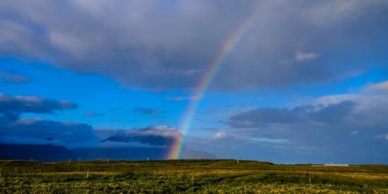 天边的彩虹