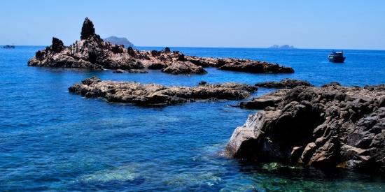 海滨海礁风景图片
